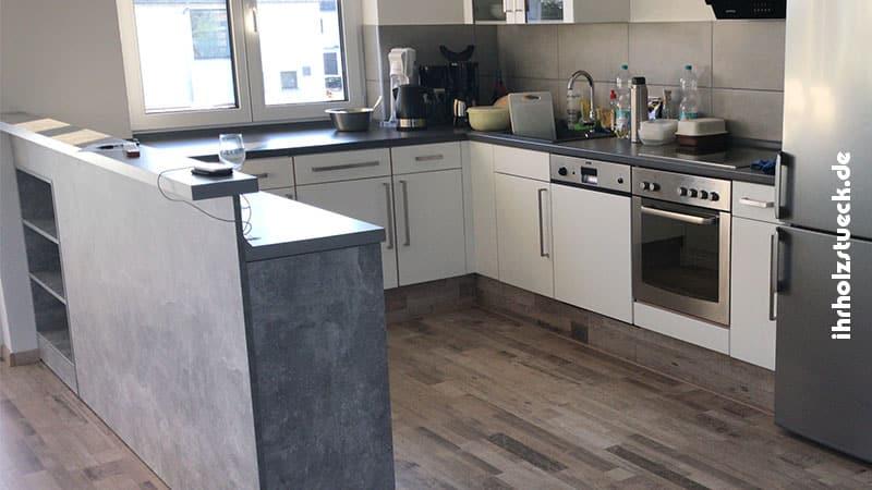 Küchenbau und individuelle Erweiterungen wie Tresen bauen wir auf Wunsch