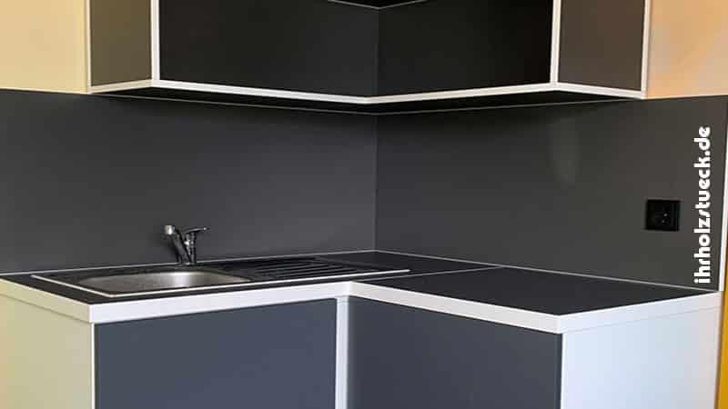 Küchenelemente können wir in oder um Ecken bauen