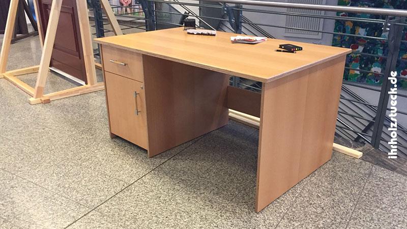 Schreibtisch als Gesellenstück