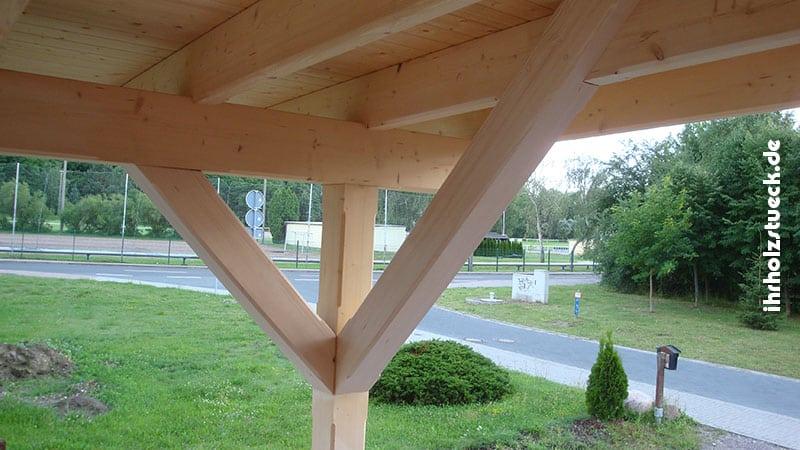 Vordächer aus Holz