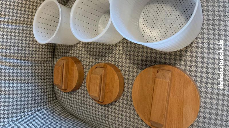 Käseformen-für-handwerklich-hergestellten-Käse-ihrholzstueck